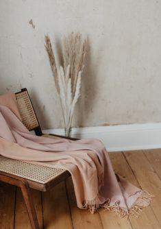Lambswool Knee Blanket in Reversible Terracotta & Dusky Pink Dusky Pink Bedroom, Pink Bedroom For Girls, Pink Bedding, Pink Room, Pink Bedroom Accessories, Yellow Home Accessories, Home Decor Accessories, Home Bedroom Design, Bedroom Inspo