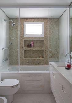 Small Bathroom With Tub, Small Bathroom Furniture, Bathroom Tub Shower, Bathroom Renos, Bathroom Flooring, Bathroom Renovations, Shower Walls, Bathroom Design Luxury, Bathroom Design Small