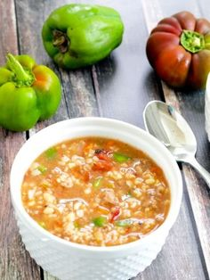 Crockpot Stuffed Pepper Soup recipe.  Quick prep and soooo good! It's a healthy meal in one pot.  I love this for dinner and then having leftovers for lunch.