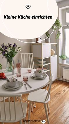 Eine kleine Küche einrichten kann eine Herausforderung sein, aber auch Spaß machen. Denn ist der wenige Platz erst einmal richtig ausgenutzt, steht die kleine Küche einer großen in (beinahe) nichts nach. Mit unseren 5 Tipps kannst Du eine kleine Küche einrichten und dabei das meiste aus ihr rausholen. Outdoor Furniture Sets, Outdoor Decor, Sideboard, Dresser, Dining Table, Home Decor, Fold Away Table, Cooking Equipment, Lounge Seating