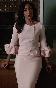 Jessica's pink ruffled sleeve dress on Suits.  Outfit Details: http://wornontv.net/33831/ #Suits