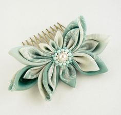 Light green hair comb.