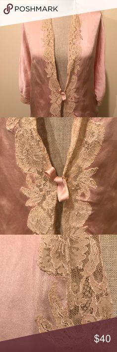 VTG sleeping coat. 100 % SILK Gorgeous vintage sleeping jacket. The lace around it is beautiful. Very delicate and soft looking. The brand is Flint & Kent Buffalo. Vintage Intimates & Sleepwear Pajamas