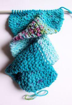 Knit spiral scarf pattern