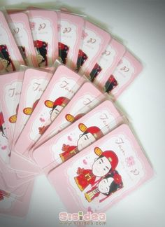 Gift Magnet (in chinese wedding dress)