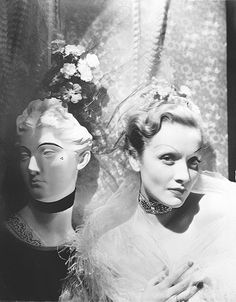 CECIL BEATON English, Marlene Dietrich with mannequin ca. 1930 Gelatin silver print x cm. Marlene Dietrich, Lili Marlene, Katharine Hepburn, Audrey Hepburn, Hollywood Glamour, Classic Hollywood, Old Hollywood, Hollywood Stars, Hollywood Divas