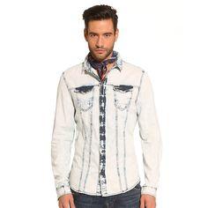 Hemd Andrea Denim    In die Waschung in Batik-Optik fließen aktuelle Trends ein, die in diesem weichen Jeanshemd zum Ausdruck kommen. Ein Style, der Optimismus ausstrahlt, für einen Mann, der überraschen will.    Waschung in Batik-Optik.  Aufgesetzte Brusttaschen mit Druckknöpfen.  Verschluss mit Druckknöpfen.  100% Baumwolle.  Maschinenwäsche bei 30°....