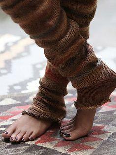 Free People Homerange Legwarmer - Happy belated birthday to meeeeee! Fashion Themes, Fashion Outfits, Happy Belated Birthday, Free People Clothing, Tight Leggings, Warm And Cozy, Leg Warmers, Fashion Forward, Style Me