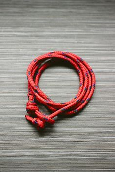 Nautical Bracelet DIY part 2 Bracelets For Men, Beaded Bracelets, Knotted Bracelet, Necklaces, Nautical Bracelet, Diy For Men, Father's Day Diy, Camping Crafts, Jewelry Crafts