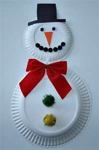 Snow man made with two different sized paper plates.  Could pre-cut hats (different colors?) and all the other embellishments, then let the kids get creative with their glue sticks!  (Bows, pom poms, google eyes, carrot noses, buttons, markers/crayons, etc.)