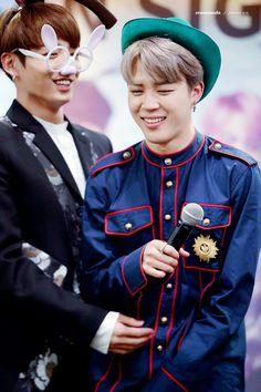 Jimin and Jungkook! Jikook! ❤ BTS at the Omokgyo Fansign #BTS #방탄소년단