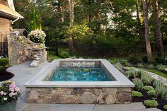 Soake Pool with luxury landscaping. Hot Tub Backyard, Small Backyard Pools, Swimming Pools Backyard, Swimming Pool Designs, Lap Pools, Indoor Pools, Pool Decks, Mini Swimming Pool, Garden Pool