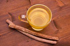 La liquirizia, sotto forma di radice, tintura madre, olio è un ottimo rimedio detox, specie dopo qualche eccesso. Favorisce la digestione, è antinausea, tonifica