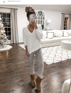 Cute Lounge Outfits, Lazy Day Outfits, Cute Comfy Outfits, Casual Fall Outfits, Mode Outfits, Fall Winter Outfits, Trendy Outfits, Fashion Outfits, Loungewear Outfits