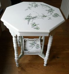 Great Decoupage Kitchen Table Top 15 About Remodel Interior Decor Home with Decoupage Kitchen Table Top : Kitchen Decoupage Coffee Table, Painted Side Tables, Redo Furniture, Painted Furniture, Upcycled Furniture, Refinishing Furniture, Furniture Makeover, Decoupage Furniture, Coffee Table