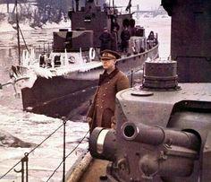 Hungarian Navy, defending the Danube: Photo Signal Magazine Warring States Period, Defence Force, Korean War, Budapest Hungary, War Machine, Vietnam War, World War Two, Military Vehicles, Wwii