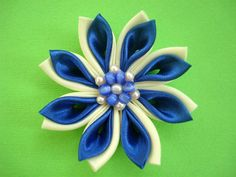 Fabric Flowers... as usual ;) NOW WITH A TUTORIAL - JEWELRY AND TRINKETS