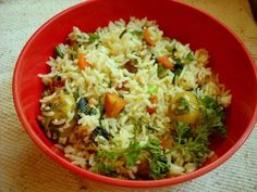 quick recipe of herb rice with baby potatoes and carrots. in the herb rice recipe, i have used veggies and fresh herbs - dill, basil, parsley. Vegetable Biryani Recipe, Veg Biryani, Vegetable Curry, Vegetable Recipes, Quick Rice Recipes, Cooked Rice Recipes, Leftover Rice Recipes, Herb Recipes, Entree Recipes