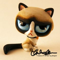 Grumpy Cat custom LPS by on DeviantArt Lps Littlest Pet Shop, Little Pet Shop Toys, Little Pets, Custom Lps, Lps Accessories, Lps Cats, Pets For Sale, Lol Dolls, Barbie Dolls