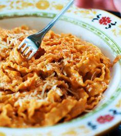 Pasta Alla Vodka - Gotta try this one!