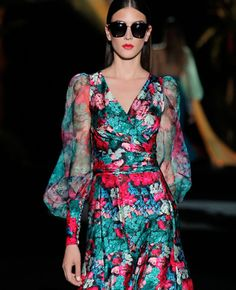 Havana Nights Dress, Race Wear, Fashion Show, Fashion Design, Style Fashion, Couture Collection, Stylish Outfits, Autumn Winter Fashion, Evening Dresses