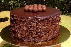 Ένα κέικ για gourmet ουρανίσκους. Greek Desserts, Party Desserts, Sweet Recipes, Cake Recipes, Dessert Recipes, Cake Cookies, Cupcake Cakes, Greek Cake, Greek Pastries