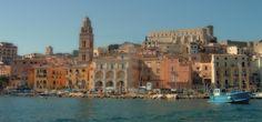 7 giorni di vacanza, uno per ognuna delle 7 spiagge di #Gaeta, tutto in 4G di Vodafone http://voda.it/4g-estate #itinerari4g #EstateSmart
