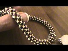 Sarubbest: Tutorial collana con perline: come fare una collana con perline Rocailles - YouTube