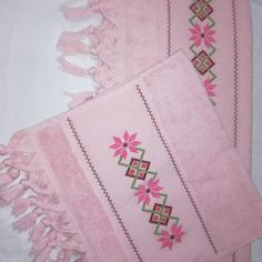 #kanaviçe#havlu#pembe#pembeaşkı#ceyiz#ceyizhazirligi# Bargello, Diy And Crafts, Mandala, Cross Stitch, Instagram, Patterns, Cross Stitch Embroidery, Towels, Crafts