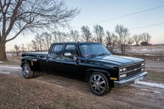 1989 Chevrolet Dually Tow Rig Super Clean Runs Great 454 Lowered for sale: photos, technical specifications, description Chevy Stepside, Chevy 4x4, Dually Trucks, Chevy Pickup Trucks, Gm Trucks, Lifted Cars, Lifted Ford Trucks, Lowered C10, Chevy Diesel Trucks