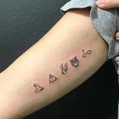 tattoos – literary tattoos for bookworms – – # … - Inspirierende Tattoos Mini Tattoos, Trendy Tattoos, Cute Tattoos, Small Tattoos, Tattoos For Women, Disney Tattoos Small, Glitter Tattoos, Henna Tattoos, Body Art Tattoos