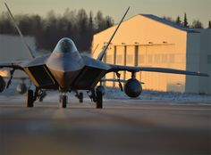 Everyone Who Wanted More F-22s Is Being Proven Right - http://foxtrotalpha.jalopnik.com/everyone-who-wanted-more-f-22s-is-being-proven-right-1732105884