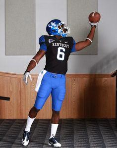 Kentucky Wildcats Uniform Tracker: Kentucky Uniform Combinations