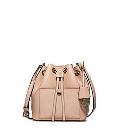 32584007f 53 Best FashionBags images | Beige tote bags, Fashion bags, Bags sewing