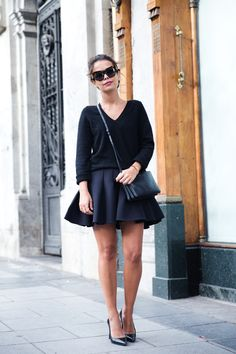 Neoprene_Skirt-Trench-Parka-Black_Outfit-Veet_Femme_Fatale-Brand_Ambassador-Outfit-Street_Style-30