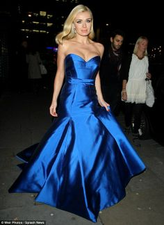 Here she comes: Katherine Jenkins looks every inch the princess as arrives at London restaurant Brasserie Blanc for an intimate performance on behalf of Martell Special Nights Satin Dresses, Strapless Dress Formal, Blue Dresses, Prom Dresses, Midnight Blue Gown, Katherine Jenkins, Bleu Turquoise, Beautiful Costumes, Glamour