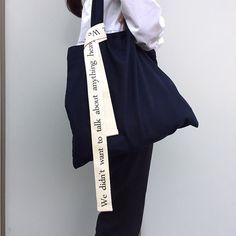 shopper whiteblack by chrisvanveghel on Etsy Pouch Bag, Tote Bag, Fabric Bags, Cotton Bag, Cloth Bags, My Bags, Fashion Bags, How To Wear, Fashion Design