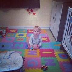 Celine, Kids Rugs, Instagram, Home Decor, Happy Baby, Bebe, Decoration Home, Kid Friendly Rugs, Room Decor