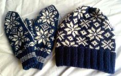 Icelandic mittens and a hat with norwegian pattern. Knitting Projects, Crochet Projects, Norwegian Knitting, Sweater Mittens, Mittens Pattern, Knitted Gloves, Yarn Crafts, Free Pattern, Knitting Patterns