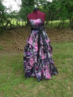 Muddy Girl Camo Dress / Gown with Pick Up Skirt / Design Options available Camo Wedding Dresses, Grad Dresses, Cute Dresses, Bridesmaid Dresses, Dresses 2016, Wedding Outfits, Beautiful Dresses, Muddy Girl Camo, Country Outfits