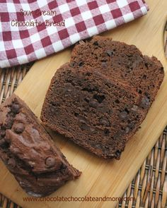 Lazy Sunday Sour Cream Chocolate Bread | TheBestDessertRecipes.com Quick Bread Recipes, Delicious Bread Recipe, Loaf Recipes, Delicious Desserts, Dessert Recipes, Dessert Bread, Bread Cake, Chocolate Sour Cream Cake, Sour Cream Desserts