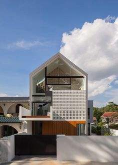 Through House in Singapore by Materium