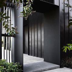 New exterior entrance decor architecture Ideas Design Entrée, Tor Design, Gate Design, House Design, Design Ideas, Entrance Design, Entrance Gates, House Entrance, Contemporary Houses