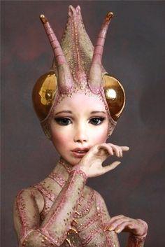 alien ant girl