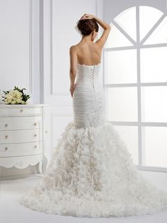 Strapless Trumpet / Mermaid Organza wedding dress,Style No.0bg01492,US$509.00http://www.43things.com/things/view/5242035/princess-wedding-dresses---theluckybridalcom