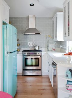A hint of retro for your beautiful kitchen