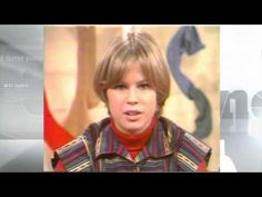 (215) 1977: A girl's review of the new movie 'Star Wars' - YouTube