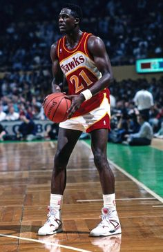In 1989 Reebok released the first model with their now famous Pump technology, a basketball shoe simply called The Pump. Here we see Reebok's biggest name on the court at the time, Dominique Wilkins, wearing a pair.