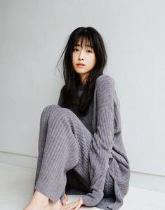 Twitter Beautiful Japanese Girl, Japanese Sexy, Japanese Models, Beautiful Asian Women, Exotic Women, Body Photography, Cute Asian Girls, Hottest Models, Image Collection