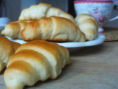MINEFÉLICITÉ: Jako z pekárny..... Hot Dog Buns, Bread, Food, Brot, Essen, Baking, Meals, Breads, Buns